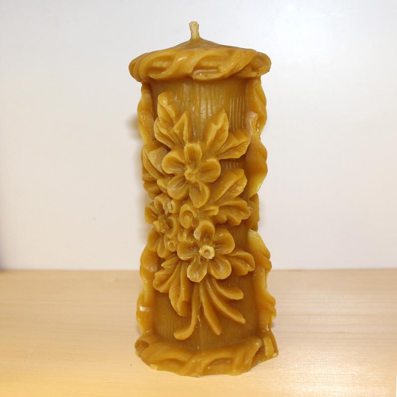 Svíčka z včelího vosku 2